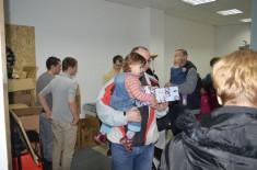 """""""Udruženje za decu i porodicu"""" obradovalo je najmlađe Kragujevčane božićnim paketićima"""