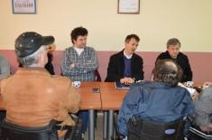 Sastanak u Centru za samostalni život OSI u Kragujevcu povodom izgradnje Centra za sport i rehabilitaciju OSI
